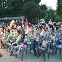 """""""2009 몽촌 꿈마을 문화마당""""-9/24 그림자극 <아기돼지삼형제>"""