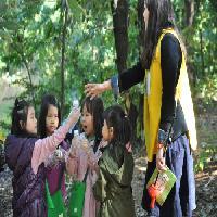 """2012/10/17 11시20분 """"숲 속 친구, 참이와 토리""""- 유봉유치원"""